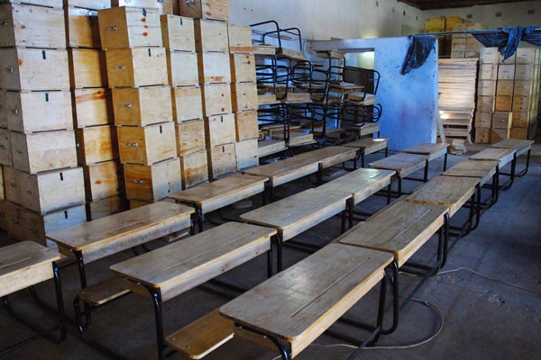 Visit MSNBC and support Lawrence O'Donnell's campaign to provide school desks to Malawi.